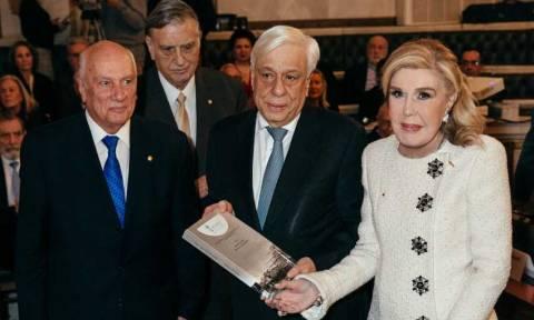 Ο Π. Παυλόπουλος και η Μ. Βαρδινογιάννη στην παρουσίαση της Ελληνιστικής Αλεξάνδρειας