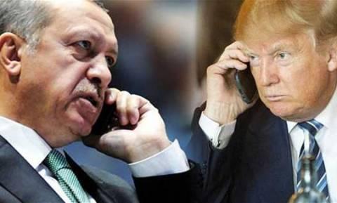 «Τζάμπα μάγκας» ο «Σουλτάνος»: «Ο Τραμπ δε ζήτησε τη γνώμη του Ερντογάν, απλά τον ενημέρωσε»