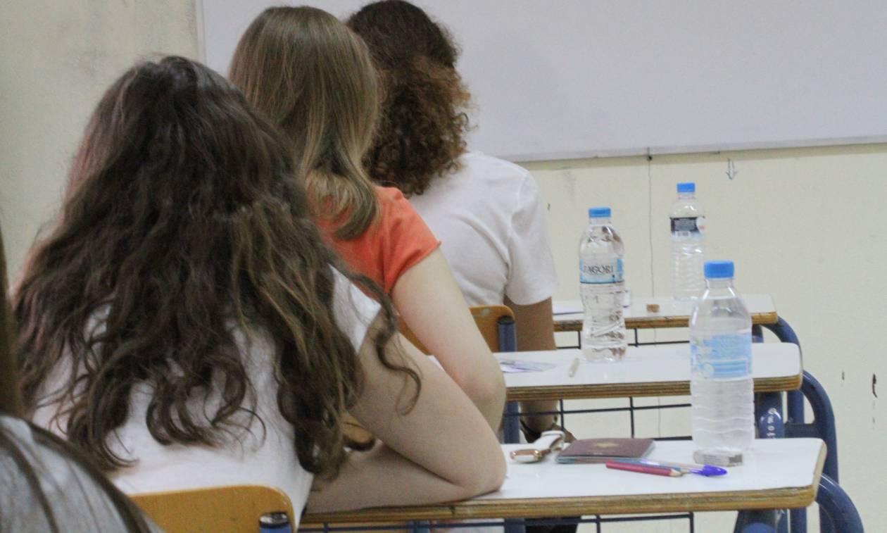 Τα πάνω - κάτω στις Πανελλαδικές: Ποιοι θα δίνουν εξετάσεις και ποιοι όχι