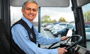 Πολύ γέλιο: Δείτε τον Μουρίνιο ως οδηγό πούλμαν!
