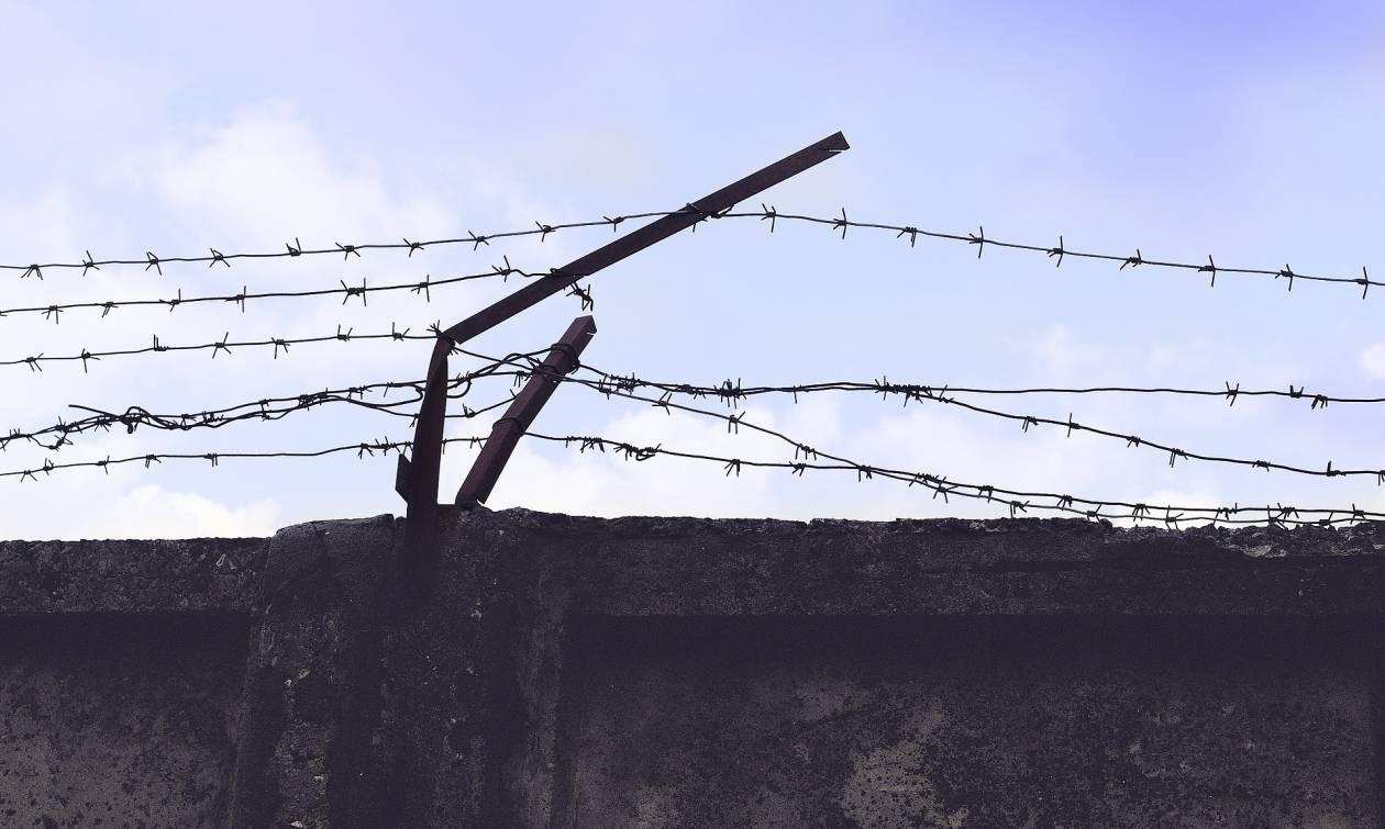 Φυλακή - εξορία για τους ξένους εγκληματίες: Ποια ευρωπαϊκή χώρα θα την εφαρμόσει