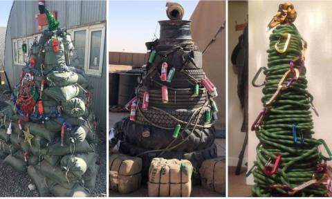 Αυτά εδώ είναι μακράν το πιο περίεργα χριστουγεννιάτικα δέντρα!