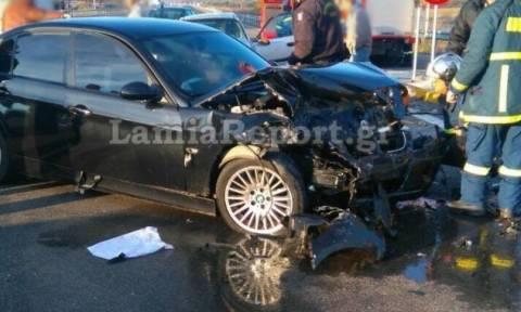 Τραγωδία στη Λαμία: Νεκρός ο οδηγός σε τροχαίο- Σε κρίσιμη κατάσταση η αδελφή του (pics)