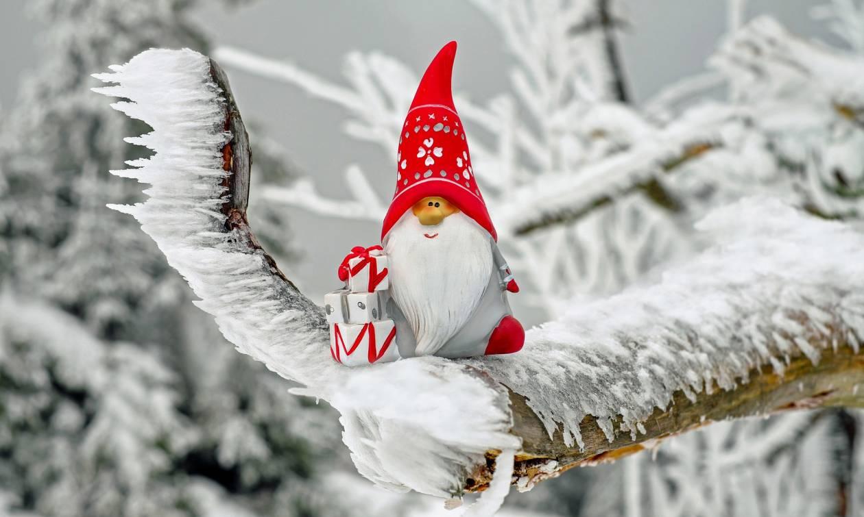 Πρωτοχρονιά 2019: Σίγουρα αυτός είναι ο πιο... trendy Άγιος Βασίλης (vid)