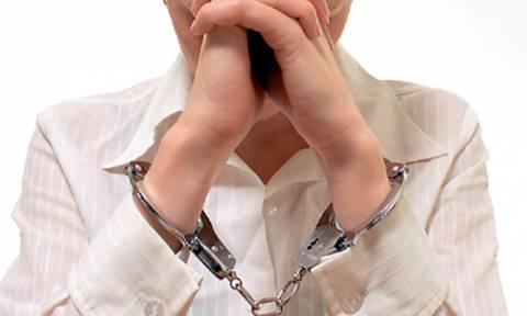 Βόλος: Κακουργηματική δίωξη σε κοινωνική λειτουργό που διακινούσε ναρκωτικά χάπια