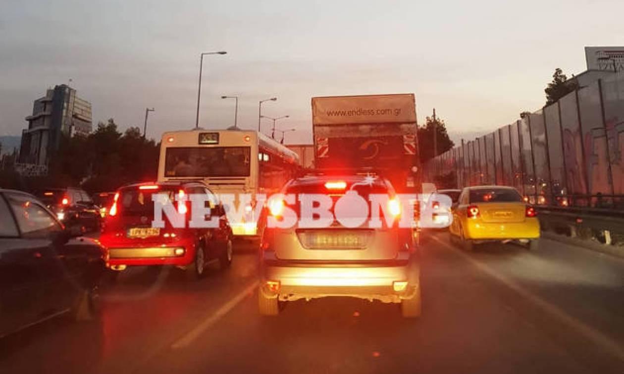 Κίνηση στους δρόμους: Κυκλοφοριακό «έμφραγμα» στην Αθήνα