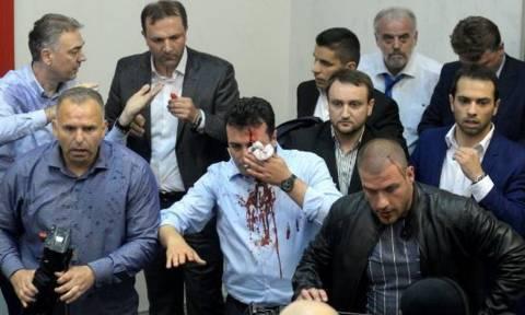 Το «κόλπο γκρόσο» του Ζάεφ για τη Συμφωνία των Πρεσπών: Έδωσε αμνηστία σε εκείνους που τον έδειραν