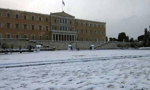 Καιρός: Χιόνια και στην Αθήνα παραμονές Πρωτοχρονιάς; Η εκτίμηση του Τάσου Αρνιακού (video)