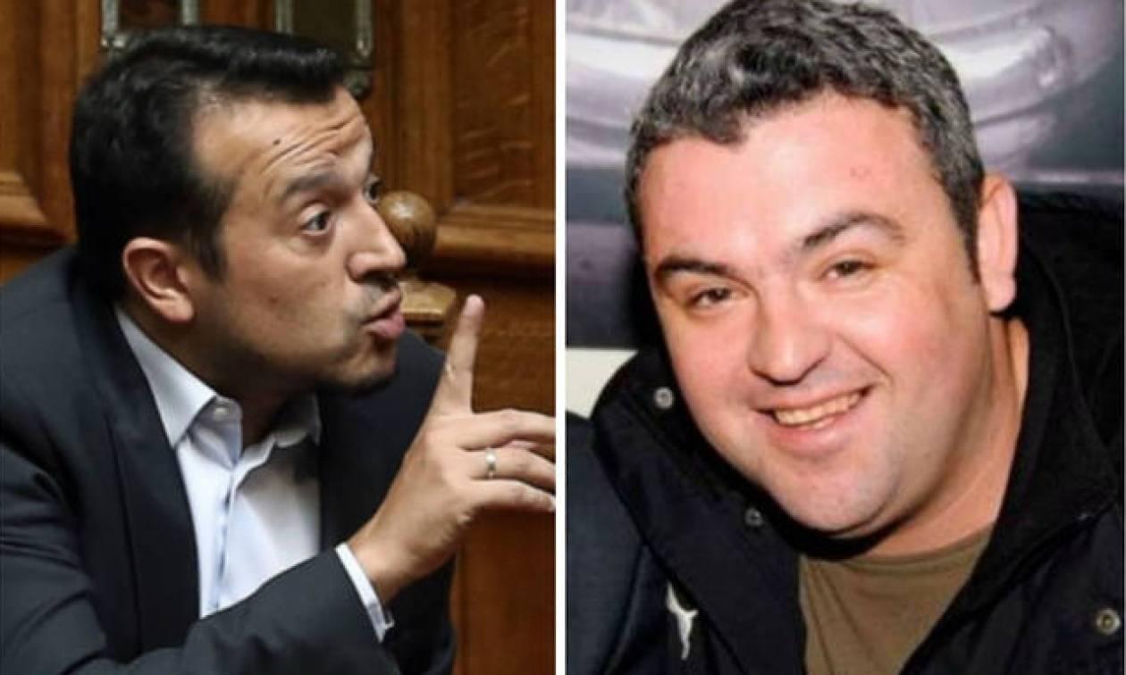 Υπόθεση Πετσίτη: Χαμός στη Βουλή για τις αποκαλύψεις του Newsbomb.gr