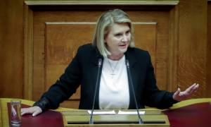 Βούλτεψη σε κυβέρνηση: Εσείς βάλατε τον Πετσίτη σε αυτή τη θέση - Είστε οι «ευεργέτες» του (vid)