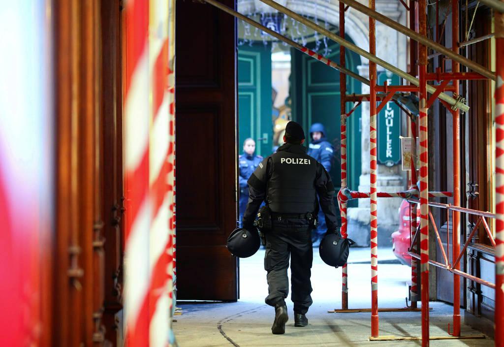 Πυροβολισμοί Βιέννη: Όλα όσα γνωρίζουμε για τη φονική επίθεση
