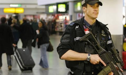 Δύο συλλήψεις για το περιστατικό με το drone στο αεροδρόμιο του Γκάτγουικ