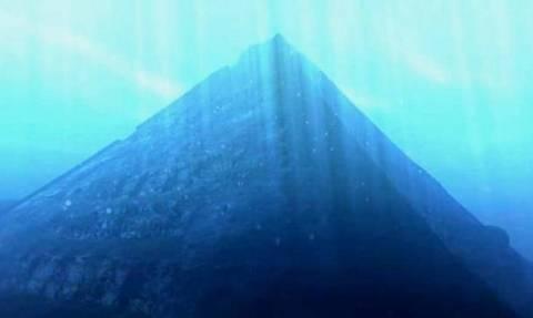 Ανακαλύφθηκε βυθισμένη μυστηριώδης πόλη με επιβλητικές πυραμίδες (vids+pics)