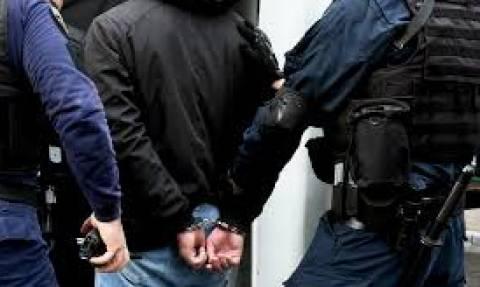 Άρτα: Συλλήψεις για διακίνηση ναρκωτικών