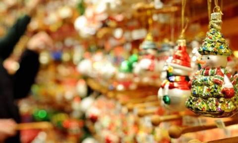 Ανοιχτά τα μαγαζιά την Κυριακή (23/12) - Ποιες ώρες θα λειτουργήσουν