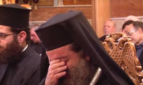 Ανατριχίλα: Ο ύμνος «Μακεδονία Ξακουστή» αντήχησε στη Χίο - Δάκρυσε ο Μητροπολίτης Μάρκος (vids)