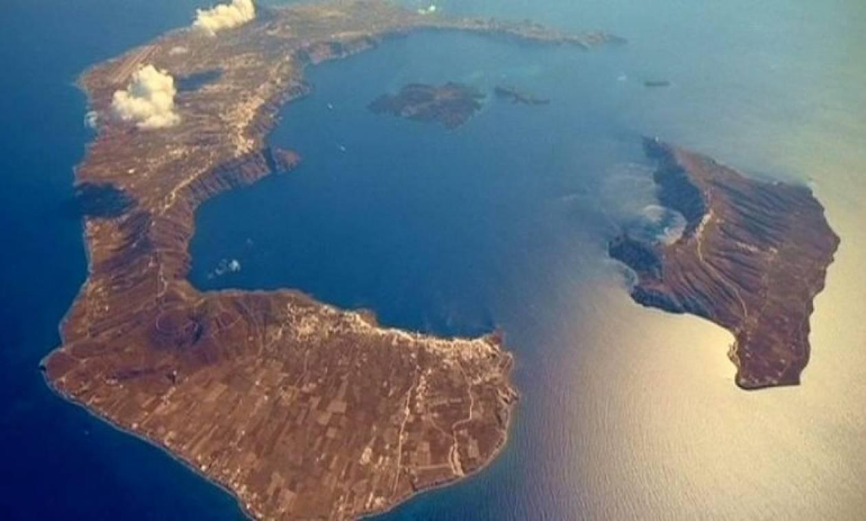 «Βόμβα» Παπαδόπουλου: Σοβαρός κίνδυνος από το ηφαίστειο της Σαντορίνης