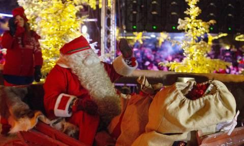 Live: Το ταξίδι του Άγιου Βασίλη σε όλο τον κόσμο!
