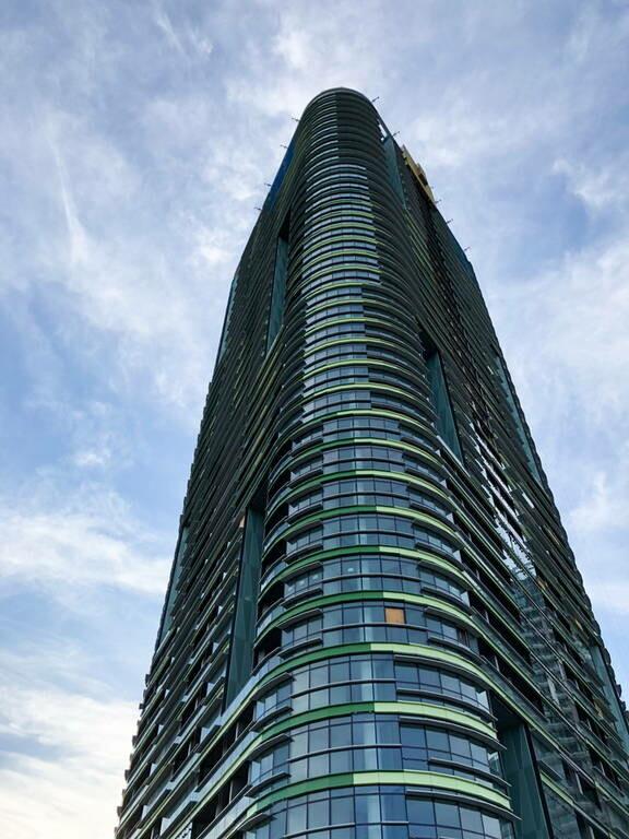 Σίδνεϊ: Αναστάτωση από ρωγμή σε ουρονοξύστη - Μαζική εκκένωση του κτηρίου (pics)