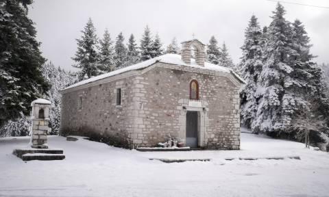 Έκτακτο δελτίο ΕΜΥ: Ψυχρή εισβολή από το βράδυ – Χιόνια και τσουχτερό κρύο τα Χριστούγεννα