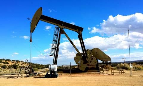 Μεγάλη πτώση στην τιμή του πετρελαίου - Βουτιά 6,7% το αργό