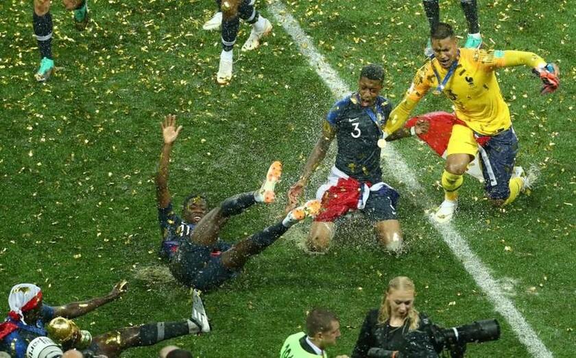 15 Ιουλίου - Ρωσία: Η Γαλλία είναι η νέα παγκόσμια πρωταθλήτρια στο ποδόσφαιρο