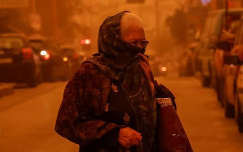 22 Μαρτίου - Ελλάδα: Η σκόνη από την Αφρική έχει σκεπάσει το Ηράκλειο της Κρήτης