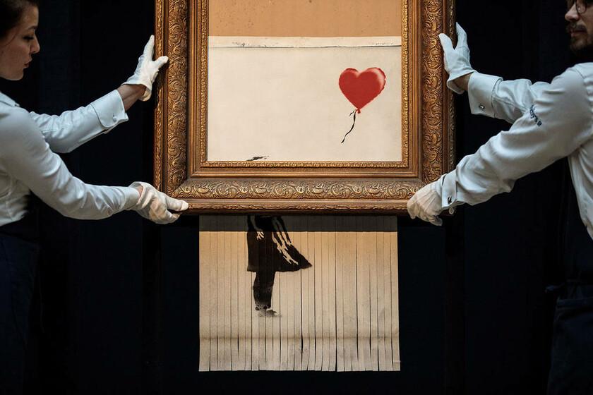 5 Οκτωβρίου - Αγγλία: Έργο του Banksy γίνεται κομμάτια
