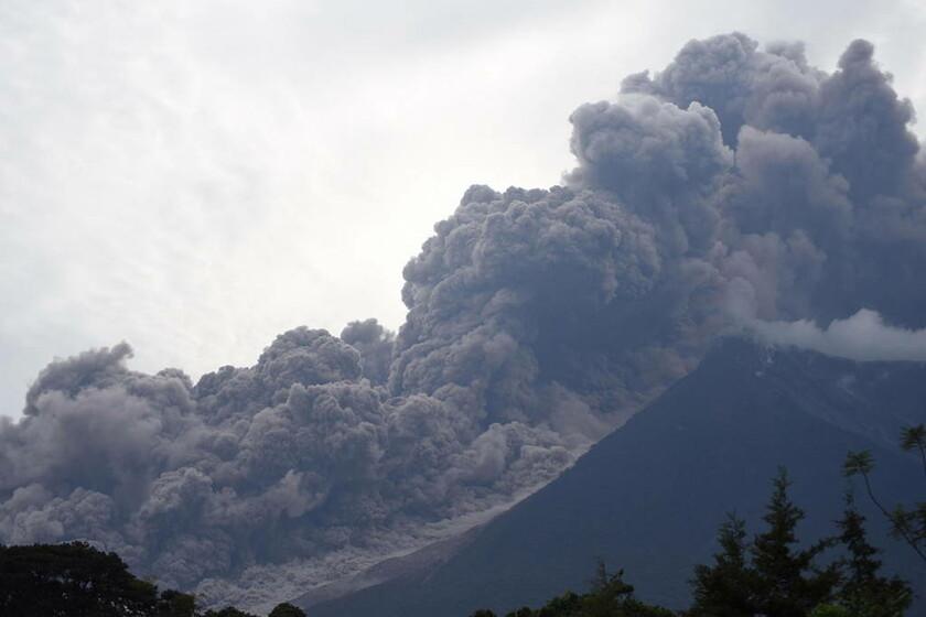 3 Ιουνίου - Γουατεμάλα: Έκρηξη του ηφαιστείου «Fuego»