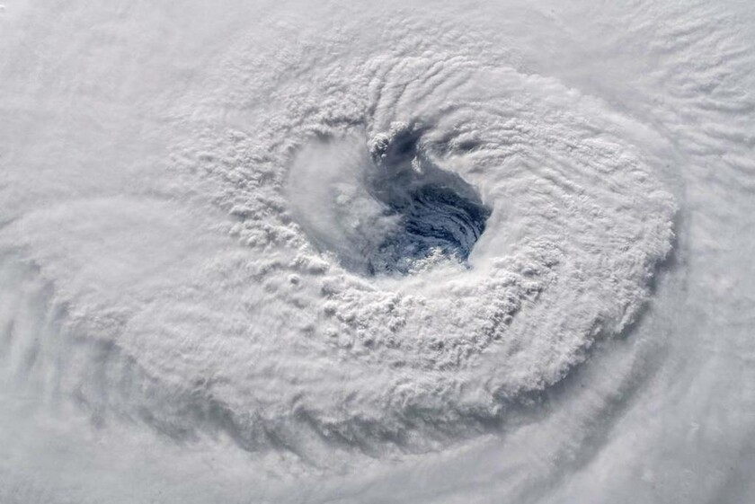 12 Σεπτεμβρίου: To «μάτι» του τυφώνα Φλόρενς