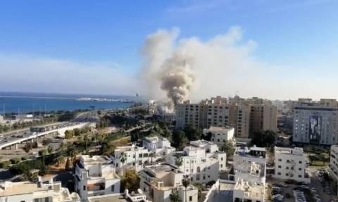 Λιβύη: Τουλάχιστον 3 νεκροί από επίθεση κατά του υπουργείου Εξωτερικών (vid)