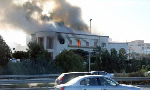 Λιβύη: Το ΙSIS ανέλαβε την ευθύνη για την επίθεση στο υπουργείο Εξωτερικών