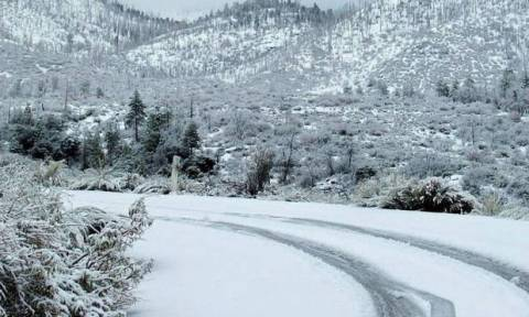 Καιρός Πρωτοχρονιά: Νέα επιδείνωση από την Κυριακή, με κρύο και χιόνια η παραμονή (Video)