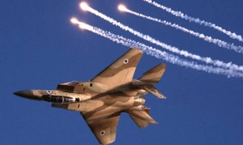 Παρ' ολίγον αεροπορική τραγωδία: Ομοβροντία ισραηλινών πυραύλων απείλησε εμπορικές πτήσεις