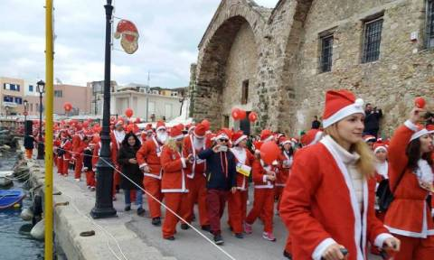 Santa Run: Με Άγιους Βασίληδες «πλημμύρισαν» οι δρόμοι των Χανίων (pics)