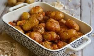 Γρήγορη συνταγή για baby πατάτες φούρνου