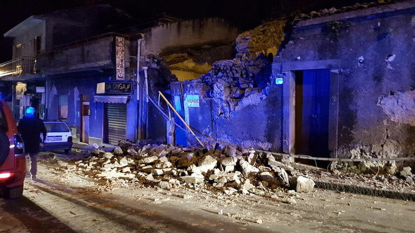 Ιταλία: Μειώνεται η δραστηριότητα της Αίτνας - Αισιοδοξία στους κατοίκους της Κατάνης (pics)