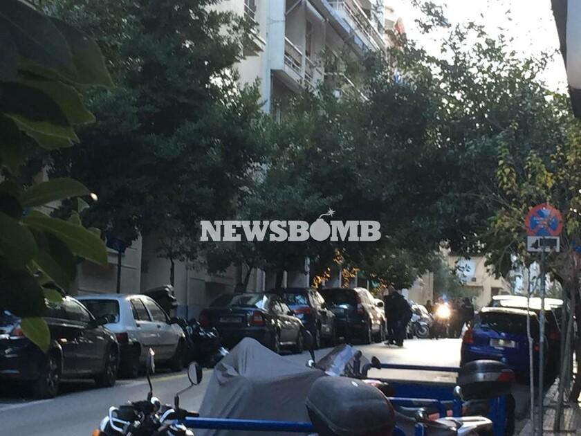 Ισχυρή έκρηξη στο Κολωνάκι - Δύο τραυματίες (vid)