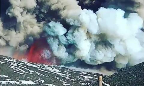 Η οργή της φύσης: Συγκλονιστικό βίντεο από την έκρηξη του ηφαιστείου της Αίτνας (Vid)