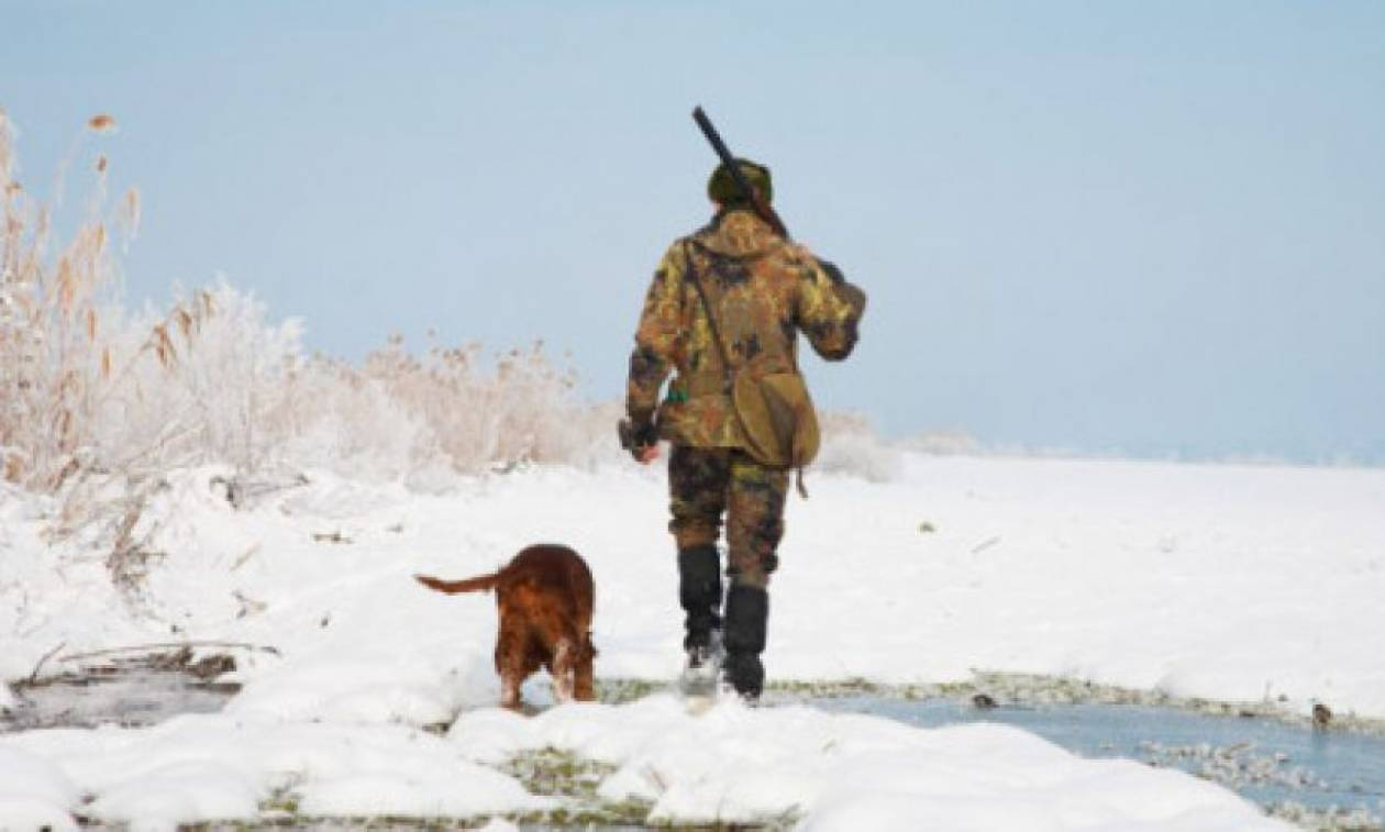 Απίστευτο περιστατικό στην Εύβοια: Πήγε για κυνήγι, έφαγε… ξύλο και τον έκλεψαν!
