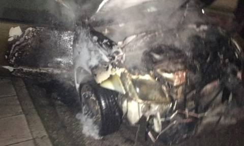 Συναγερμός στο Αγρίνιο για φωτιά σε αυτοκίνητο (pics)