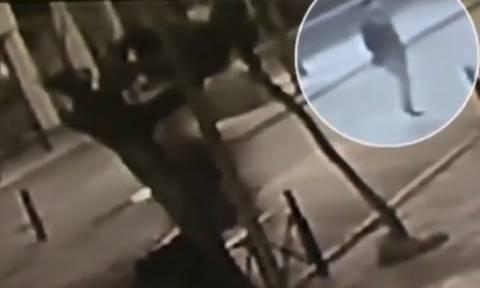 Σοκαριστικό βίντεο από το θανατηφόρο τροχαίο στο Αιγάλεω με θύμα 20χρονο μπασκετμπολίστα