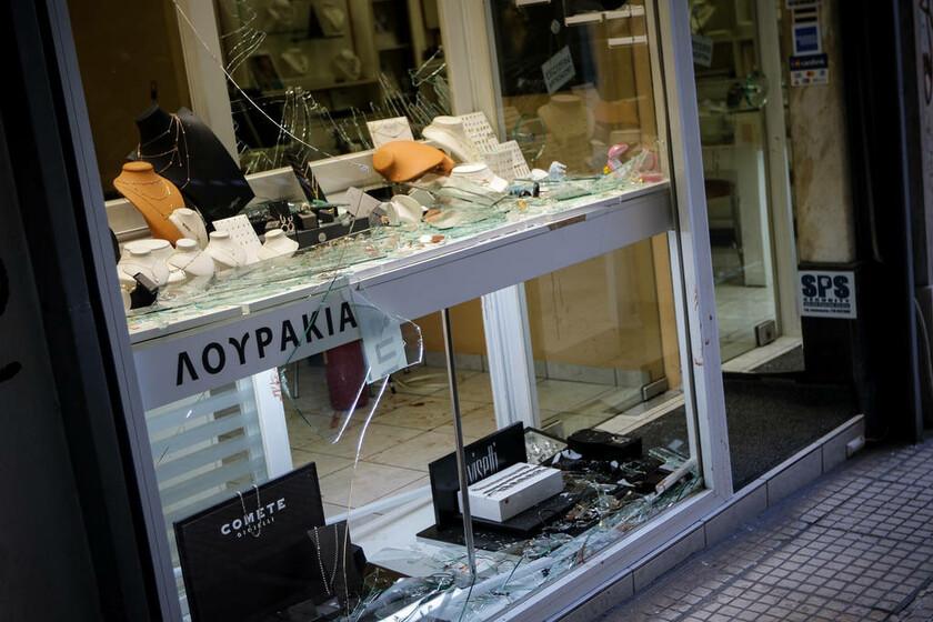 Υπόθεση Ζακ Κωστόπουλου: Με τις βαρύτερες ποινές τιμωρούνται τέσσερις αστυνομικοί