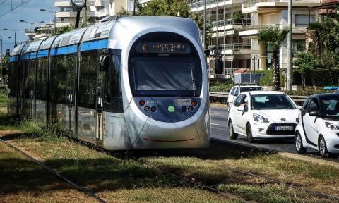 Το τραμ αλλάζει χρώμα (pic)