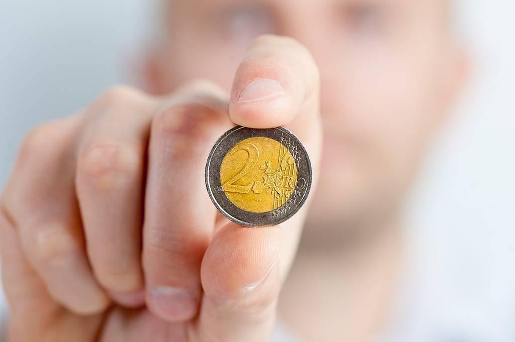 Σοκ στα ΑΤΜ: Γιατί οι συνταξιούχοι θα δουν νέες μειώσεις στις συντάξεις τους