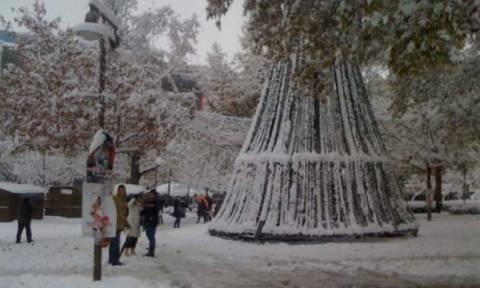 Καιρός: Xιόνι την Πρωτοχρονιά ακόμα και μέσα στη πόλη της Λάρισας