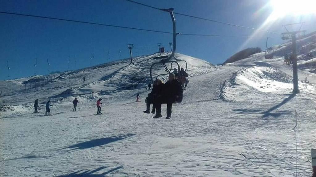 Ιωάννινα: Χαλαρές στιγμές στα χιόνια για τον Κυριάκο Μητσοτάκη (pics)
