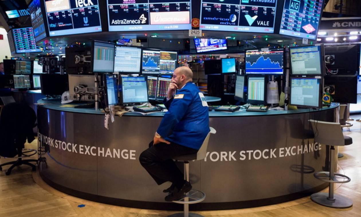 Συνεδρίαση για γερά νεύρα στη Wall Street: Άλλαζαν συνέχεια πρόσημα οι δείκτες