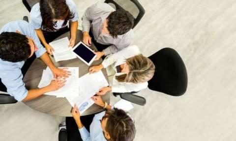 Πρόγραμμα κοινωφελούς εργασίας ΟΑΕΔ: «Ανοίγουν» 9.000 θέσεις - Δείτε τα κριτήρια