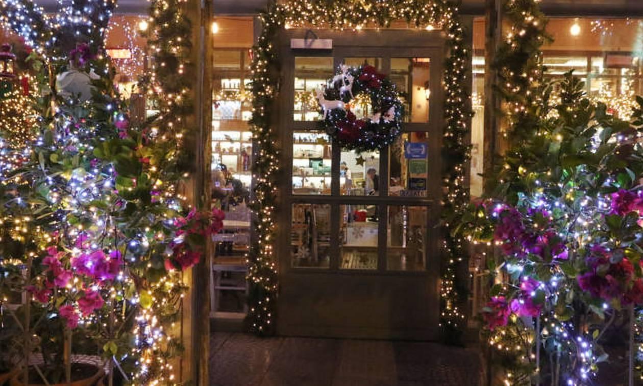 Εορταστικό ωράριο: Ποιες ώρες θα είναι ανοιχτά τα καταστήματα την Κυριακή!